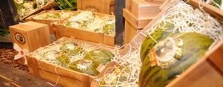 20110629095859-cajas-abuelo-melones.jpg