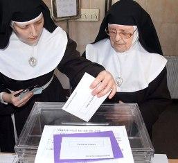 20150608101418-monjas-voto-eleciones.jpg